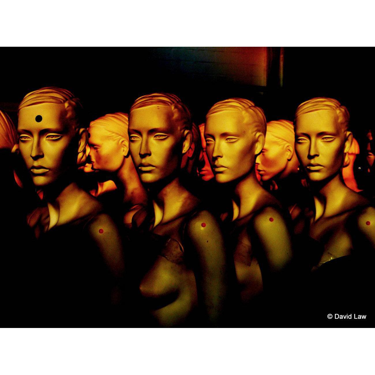 Clones-2-Girls