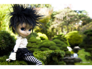 Japanese-Garden-Dolls