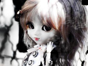 Lola-DollsSquare