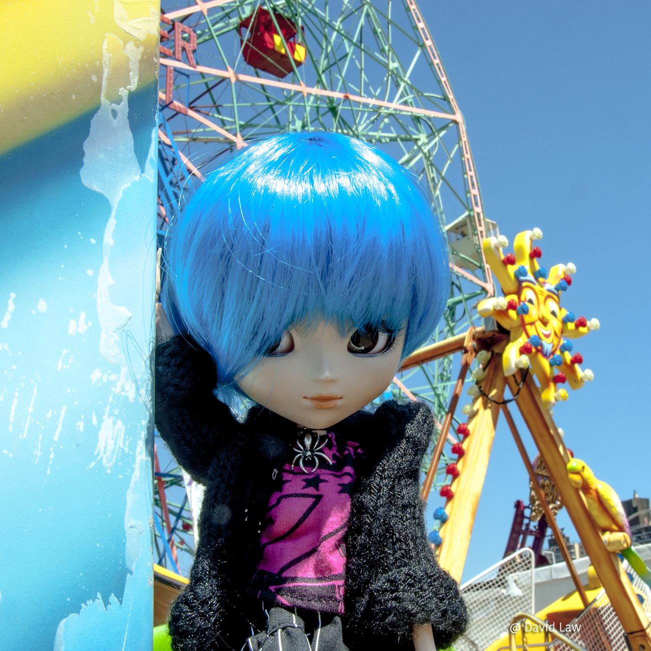 Coney Island Doll Square copie