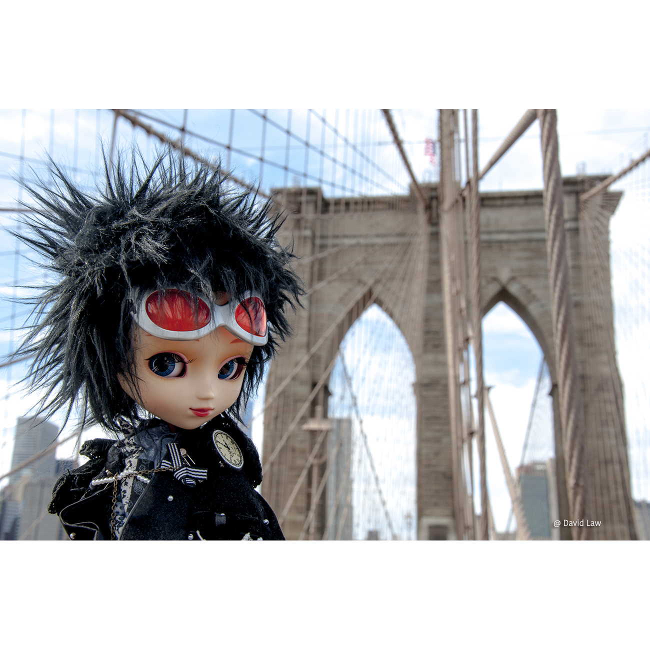 The Brooklyn Bridge Doll 20×30 copie