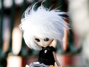 Asuza-IV-DollsSquare