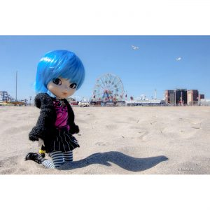 Coney Island Beach DOLL 20x30 copie