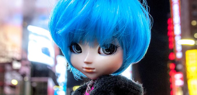 Times Square Doll 30x30 copie