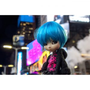 Times Square Doll IV copie