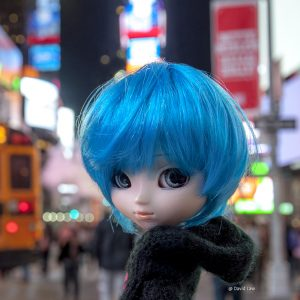 Times Square II Doll 30x30 copie