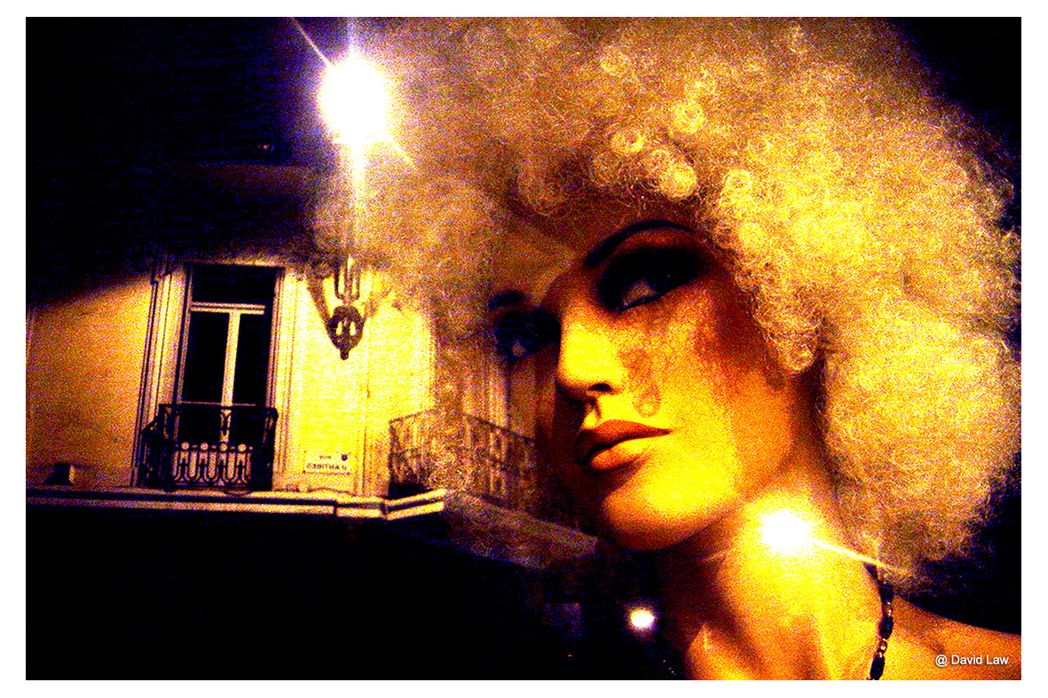 Girl On Streets Corner gith s0220
