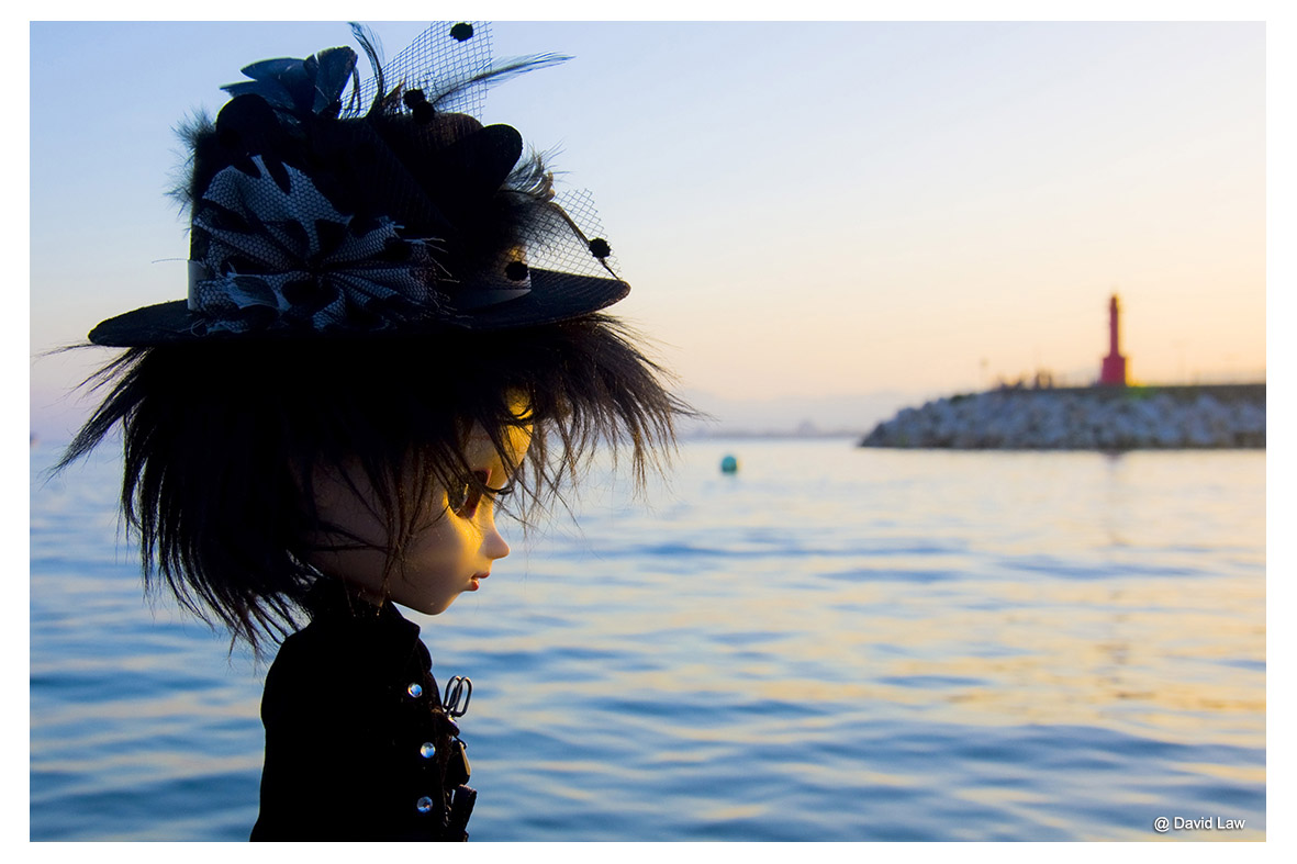 Sunset In Cambrils Doll ldh s0220