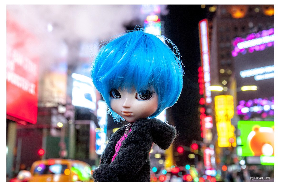 Times Square Doll ldh s0220