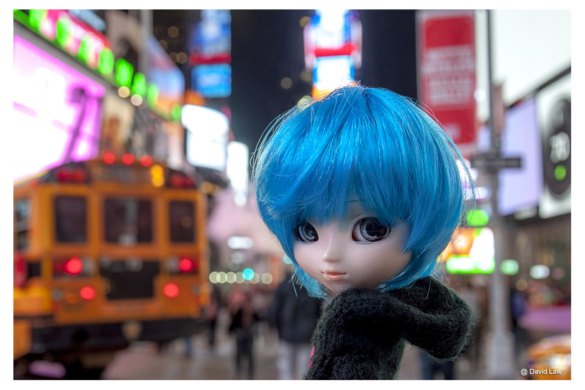 Times Square II Doll ldh s0220