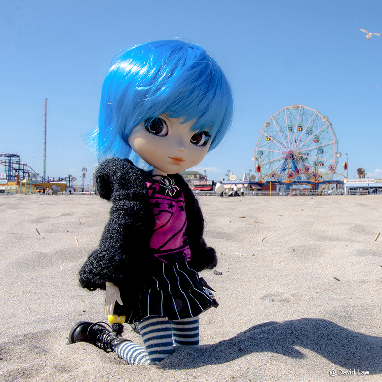coney island beach doll square cds0220