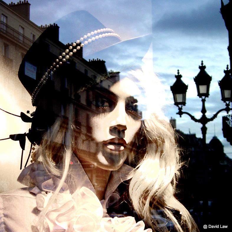 ghost in paris square cgs0220