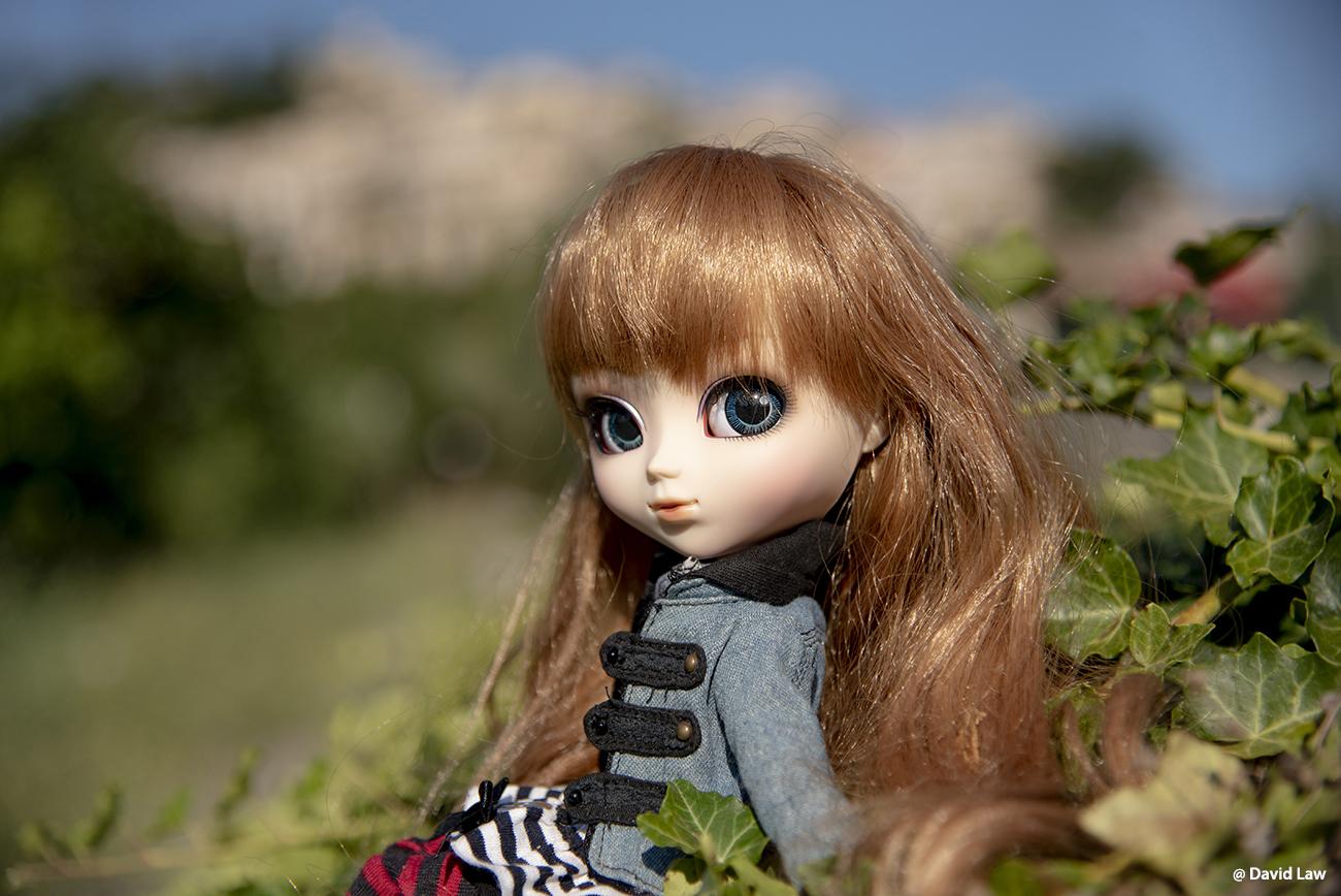 Fayence Doll 1